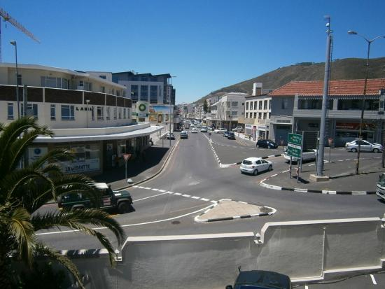 Three Cities Bantry Bay Suite Hotel: View without me in the way!