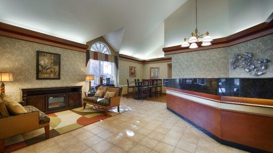 BEST WESTERN PLUS Inn at Valley View : Guest Common Area Lobby