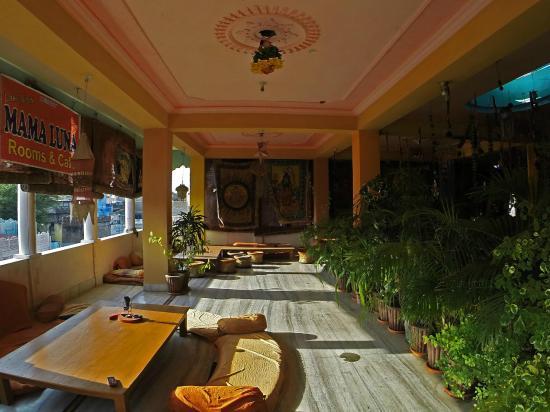 Hotel Mama Luna: ресторан