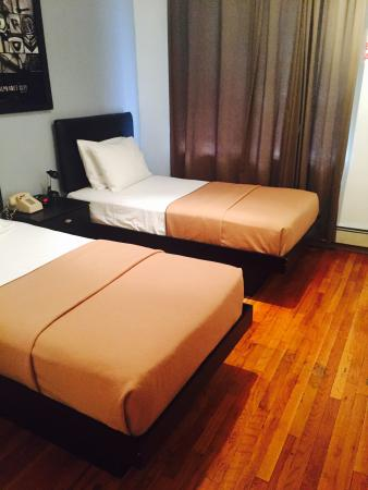 Off Soho Suites: Bedroom