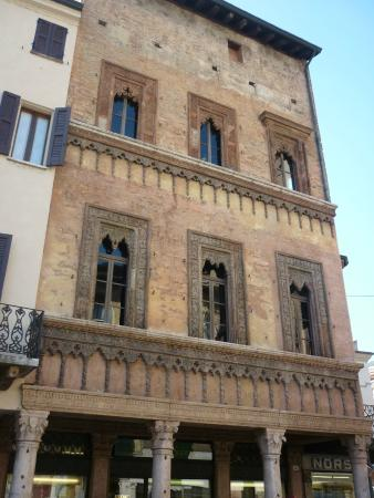 Casa del Mercante