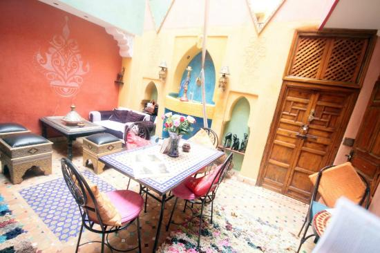 Riad Layla Rouge: Common area