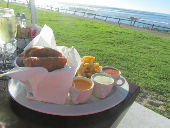 Castella Amare Restaurant: Classic fish and chips