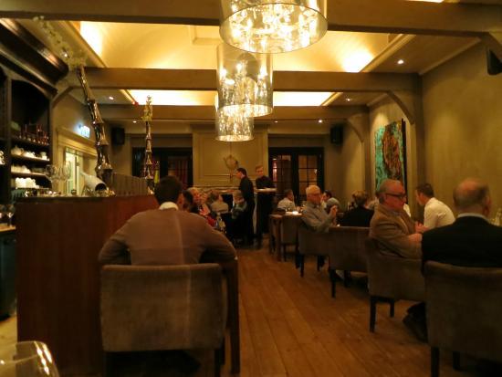 Suitehotel Restaurant Posthoorn: Overzicht restaurant