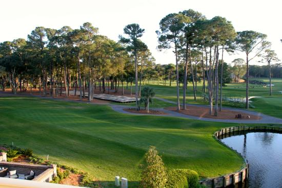 Inn & Club at Harbour Town - Sea Pines Resort: First Tee from the room