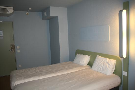 hotel ibis budget lyon villeurbanne france voir les tarifs et 399 avis. Black Bedroom Furniture Sets. Home Design Ideas