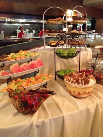 Georgia Brown's : Sunday Brunch Desserts