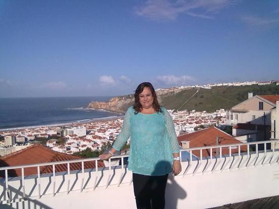 Miramar Hotel & SPA: Depois do pequeno almoço, com um sol de Novembro e vista para o mar da Nazaré...