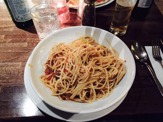 "Prezzo - Didcot: This is what arrived when I ordered ""spaghetti bolognese"" from the menu.  A pile of spaghetti in"