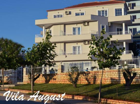 Guesthouse Villa August Ksamil
