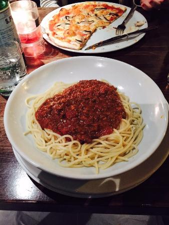 Prezzo - Didcot: After complaining about the dish (waitress said the bolognese was under the spaghetti.  It wasn'