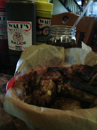 Walt's Barbeque