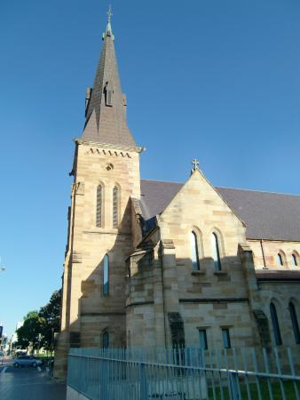 St Patrick's Cathedral: 大聖堂外観