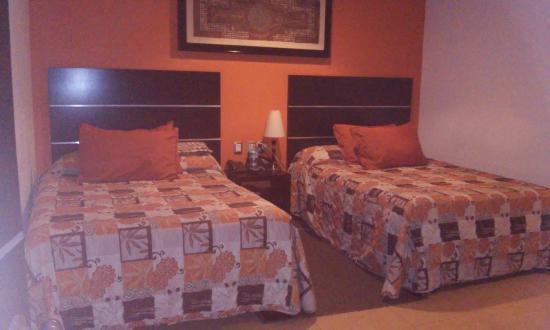 Hotel Real San Juan: Camas matrimoniales muy comodas