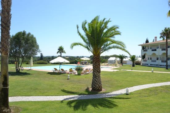Colina Verde Aparthotel & Golf: Ground Floor terrace view