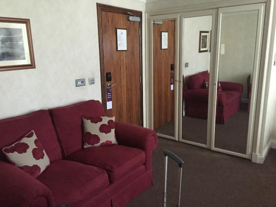 Ashburn Hotel: Room