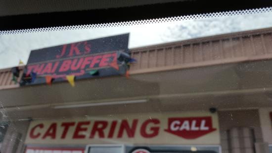 JK's Thai Buffet Restaurant.: best hole in a wall restaurant in town.