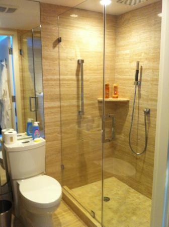 Surfside, Flórida: salle de bain (la plus grande) douche XXXL