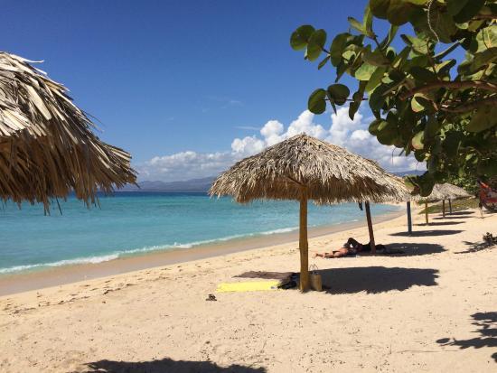 Hostal Del Pino y Belkys: Playa María Aguilar