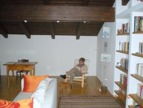 B&B Casa Incantata: sala soggiorno