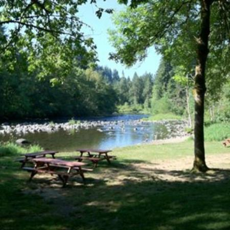 Battle Ground, WA: Lewis River