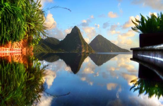 Jade Mountain Resort: Jade Mountain View of Pitons from Sanctuary