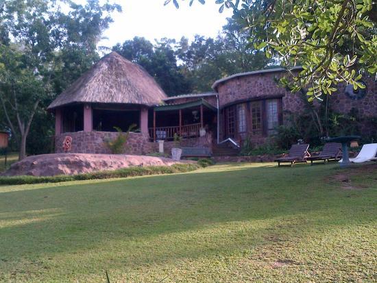Tree House River Lodge: breakfasts corner