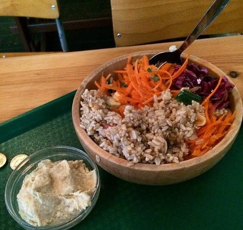 Crumbs Kitchen: Vegan option from the salad bar with an extra side of hummus.