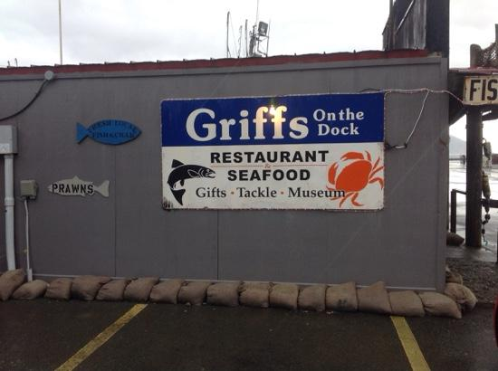 Griff's On The Dock: Outside wall Griffs on the Dock