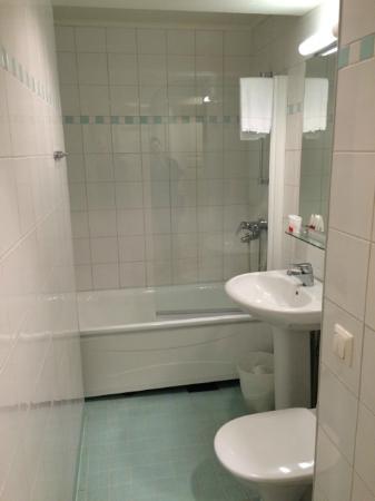 Hellsten Helsinki Parliament: bathroom