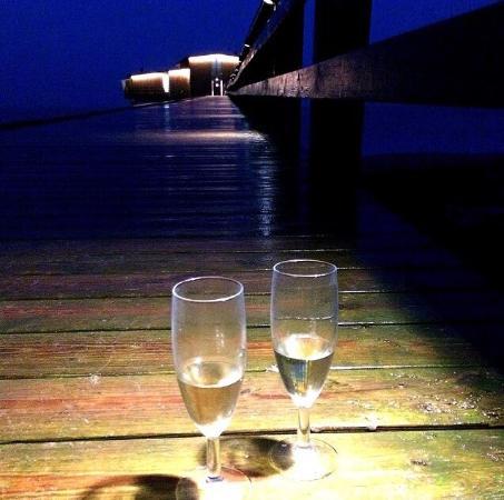 Hotel Skansen: Bubbel i tunnan och i glaset...