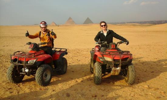 ركوب خيل وبيتش باجي في صحاري ستي الهرم