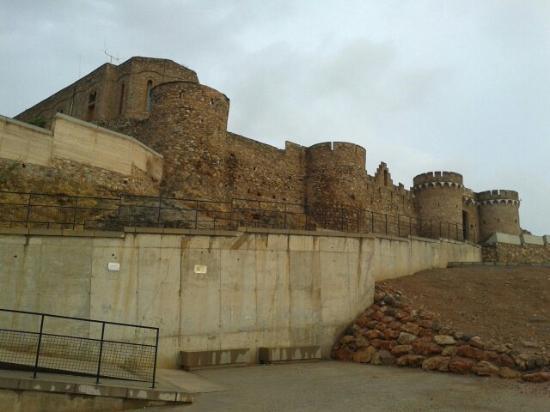 Castillo de Onda: Vista General del Castillo