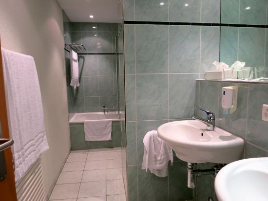 Hotel Berchtold : Das Badezimmer