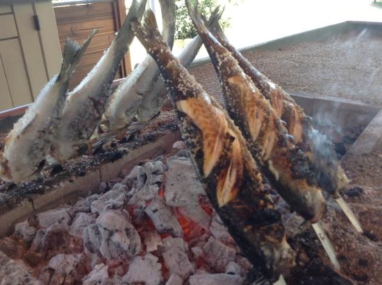 Restaurante Los Remos Lázaro: Lubinas al Espeto