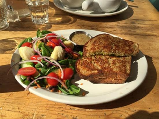 Tall Poppy Cafe : Spicy Monterey Jack and Guacamole Grilled Cheese