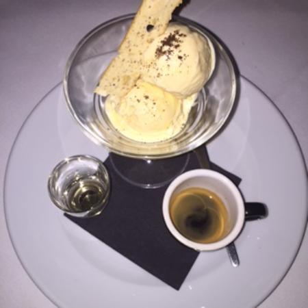 Caterina's Cucina E Bar: Classic Italian Dessert Ice Cream with a short Black