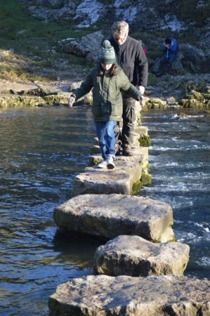 Elton, UK: Stepping Stones well worth a visit ,magical place
