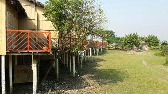 Dhaka Division, Bangladesh: Padma Resort