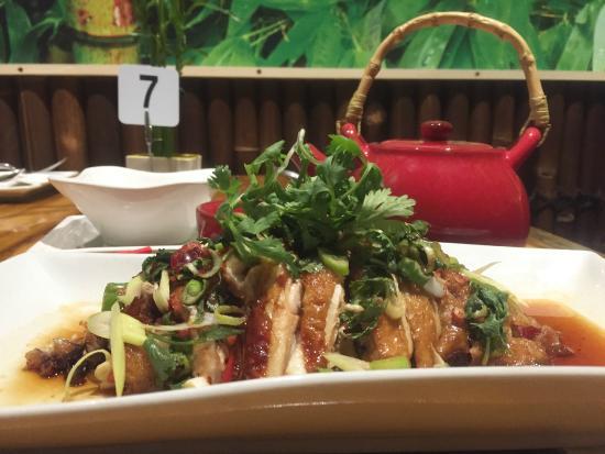 Bargara  Asian Cuisine: Shan Tung Chicken