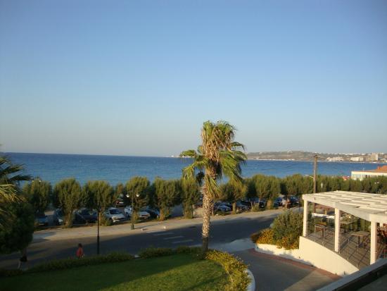 Sea Melody Hotel-Apartments : Utsikt från vårt rum