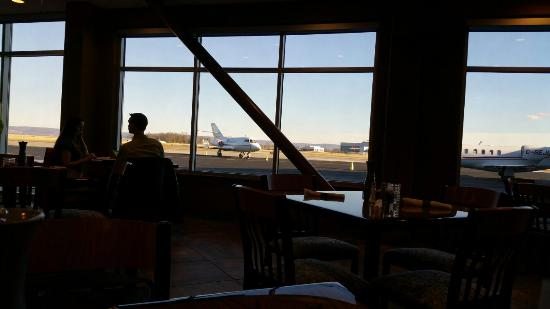 Runway Picture Of The Grille At Runways Hagerstown Tripadvisor