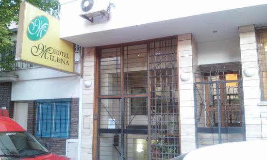 Hotel Milena : frente del hotel