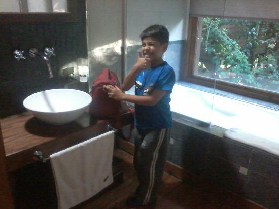 Oliveros, Argentina: baño