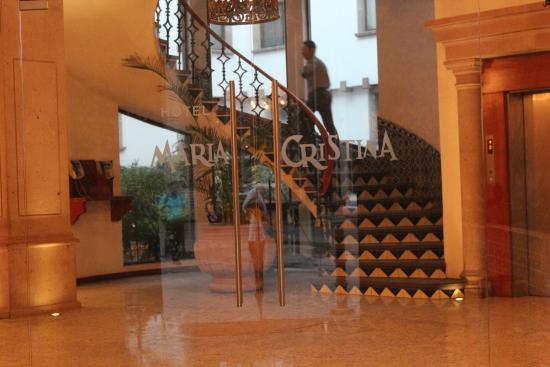 Hotel Maria Cristina: Main entrance