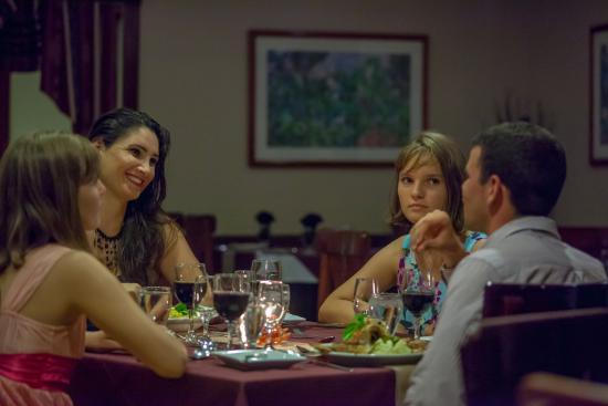 BEST WESTERN Belize Biltmore Plaza Hotel: Victorian Restaurant