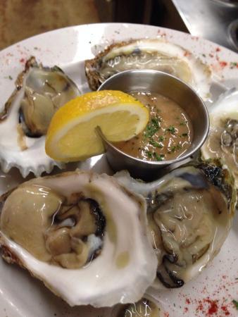Anthony's Restaurant: Wellfleets