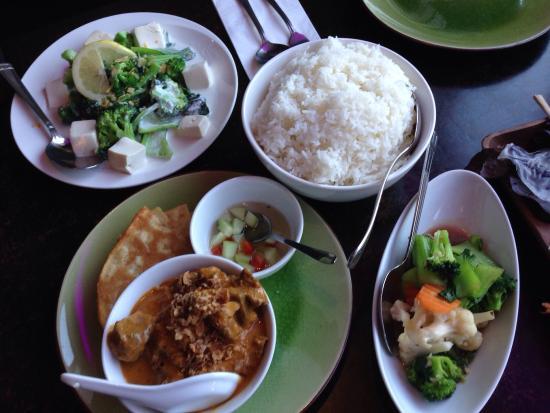 My Thai Lounge: Beef mussaman curry, veggies & coconut greens