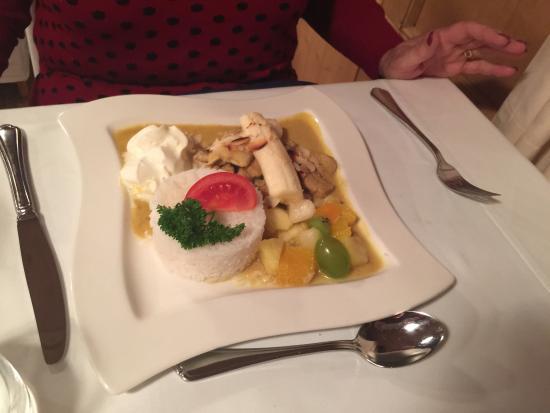 Valchava, Switzerland: Curry Geschnetzeltes