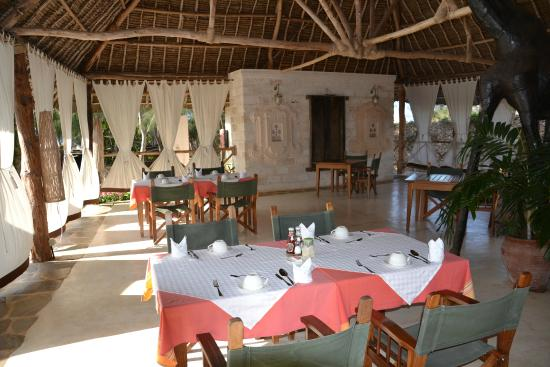 The Charming Lonno Lodge: Restaurant